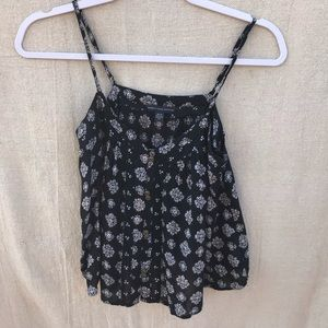 American Eagle Cropped tank black and white